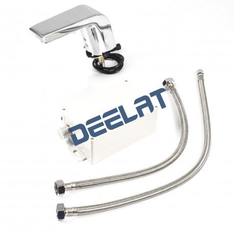"""Faucet with Motion Sensor – 4.53x5.98x1.97""""_D1161924_main"""