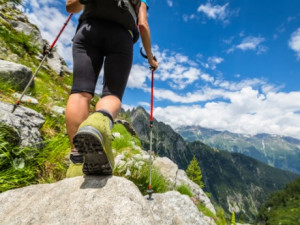 Hiking Safety Tips and Essential Items to Take on Your Trip