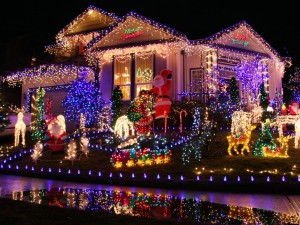 Tips to prepare holiday decorations outside of your home